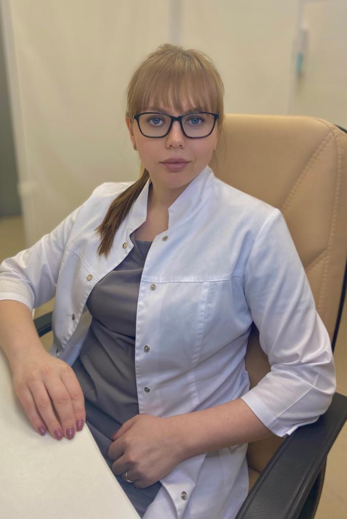 Яснева Елена Ивановна